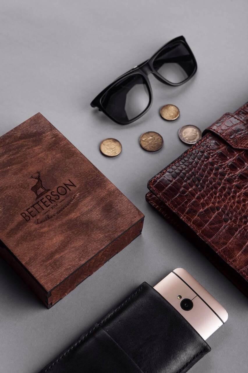 Подарок имениннику, кожаный блокнот, кожаный ежедневник, чехол для телефона