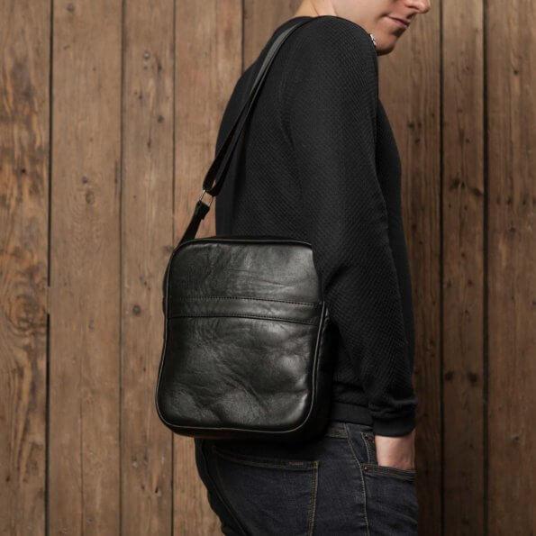 Купить кожаную мужскую сумку